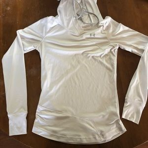 Under Armour Heat Gear long sleeve with good